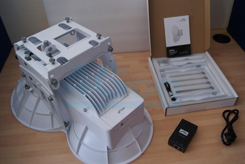 ubiquiti-airfiber-box-contents